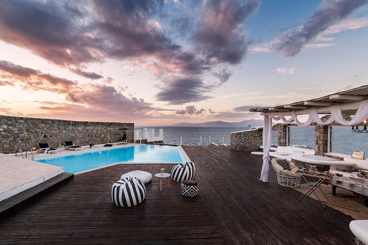Carnelian Villa in Mykonos
